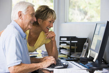 Senior citizens learning about reverse mortgages in Long Island, New York